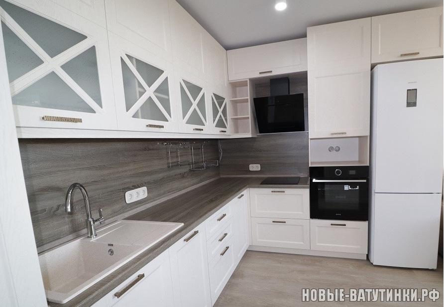 Кухня в стиле Неоклассика, фасады мдф-пленка Пломбир-Софт.png