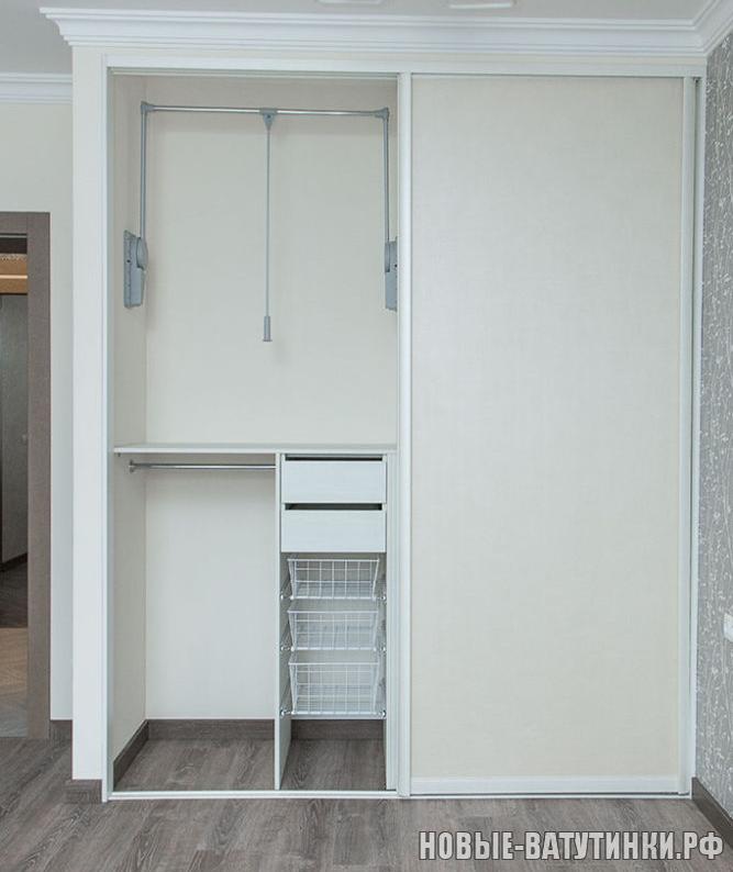 Встроенный шкаф-купе, наполнение дверей пленка ПВХ Лофт бежевый, внутреннее наполнение, фото 2.png